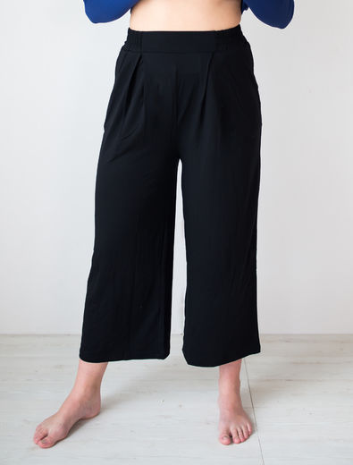LISBON Culottes Pants, Black